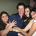 Kurt with more ladies